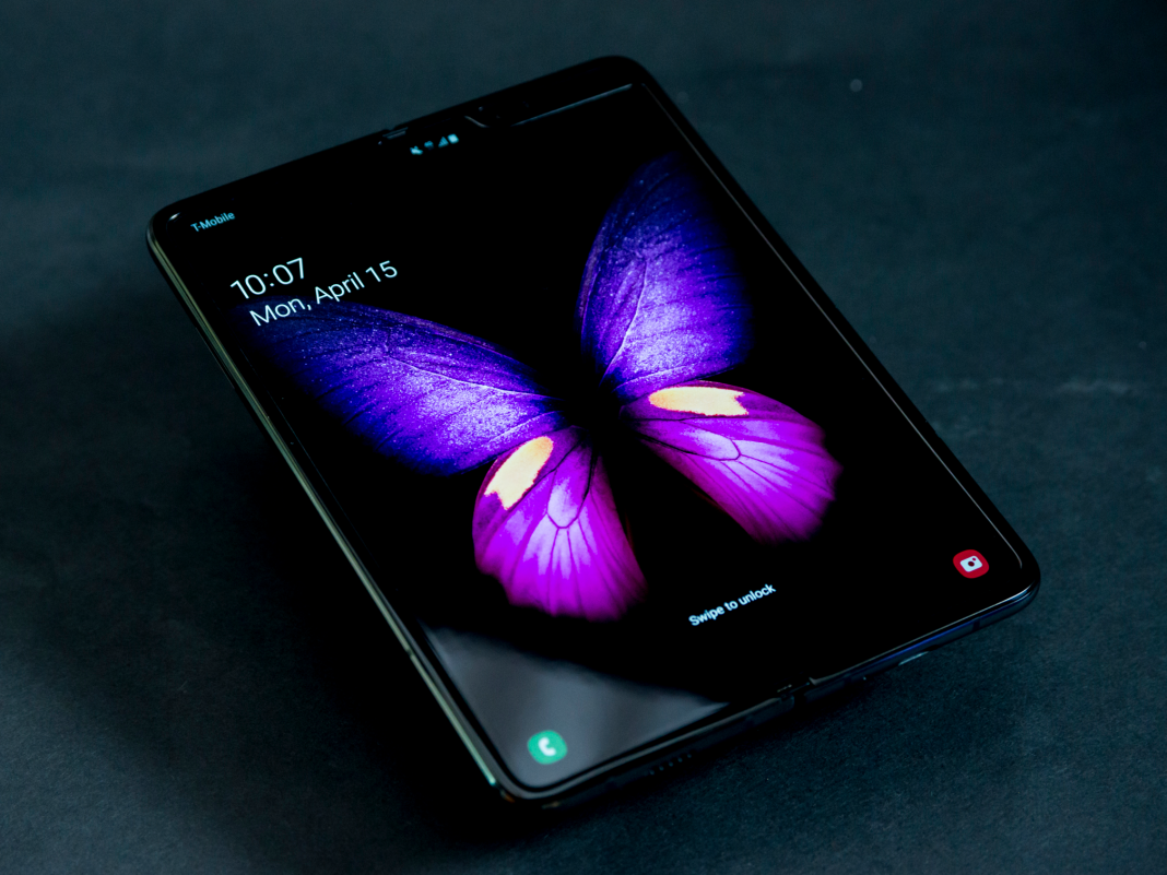 Samsung is at the bleeding edge with the Galaxy Fold, and we forget too quickly that first-generation items are hardly ever best