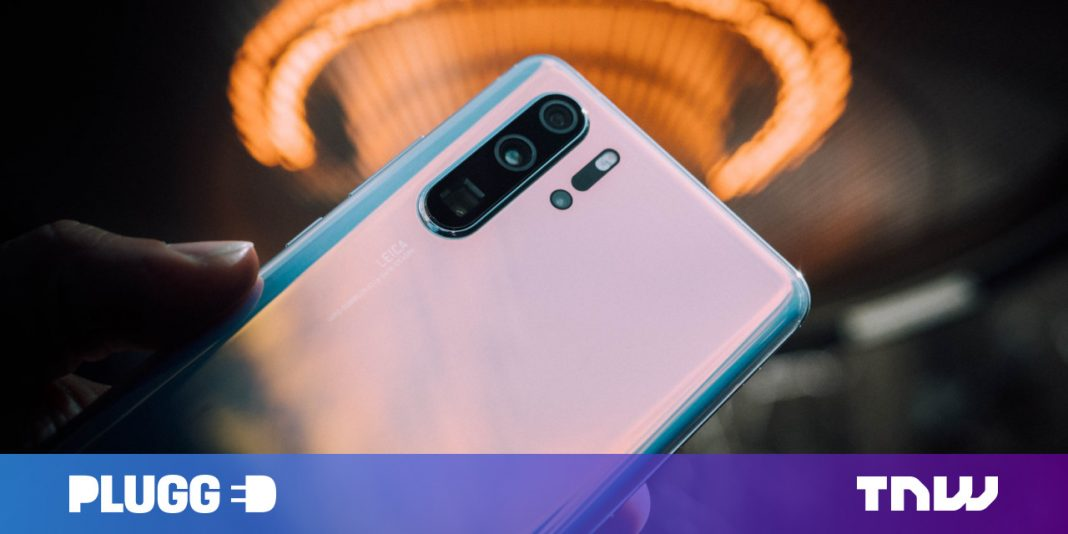 View Huawei's P30 Pro (and its insane periscope cam) get taken apart