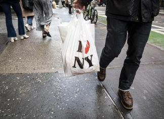 New York City Formally Prohibits Plastic Bags