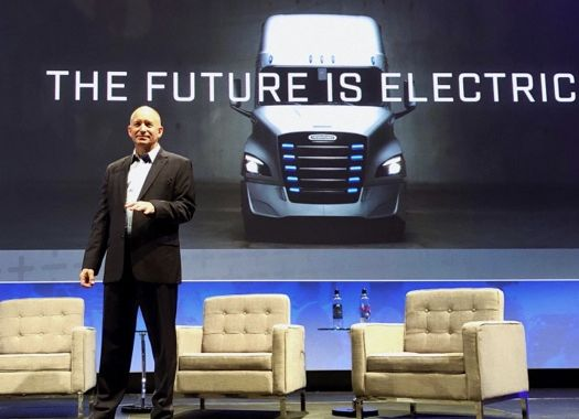 "Daimler The United States and Canada CEO states future ""does not consist of plug-in hybrids"""