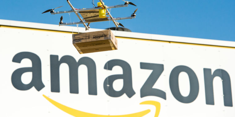 Amazon prepares to make Prime shipping one-day by default