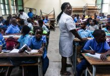 Trainees In Mozambique Hesitate The Winds Will Blow Them Away