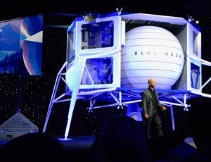 Jeff Bezos unveils Blue Moon lunar lander, plans for large house colonies