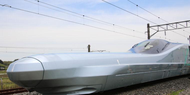 Japanese train business begins screening 249 miles per hour bullet train speeds