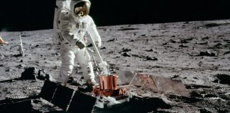 Apollo-era moonquakes expose that the moon might be tectonically active