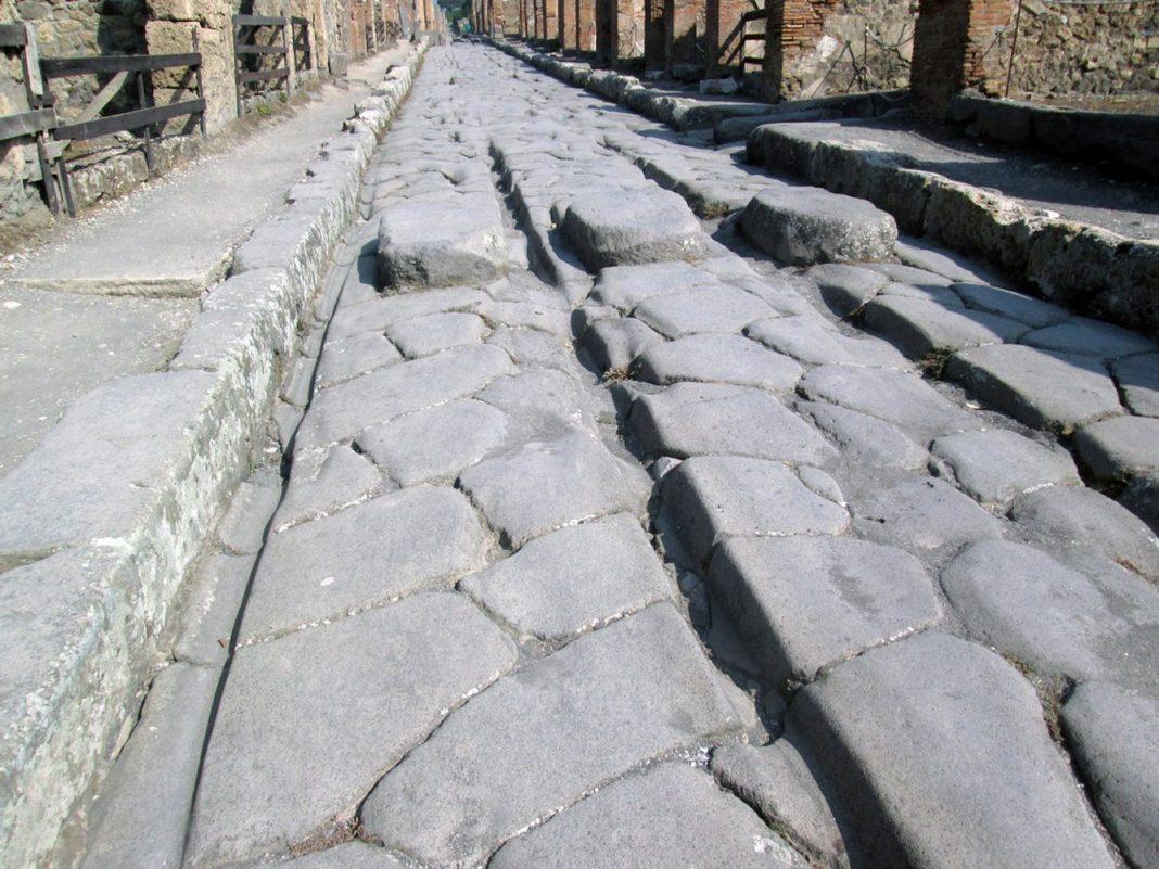 Ancient Romans Utilized Molten Iron to Repair Work Streets Prior To Vesuvius Erupted