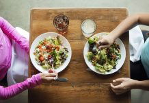 Calories, Carbohydrates, Fat, Fiber: Unwinding The Hyperlinks In Between Breast Cancer And Diet Plan