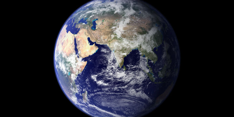 Roaming Earth: Rocket researcher discusses how we might move our world