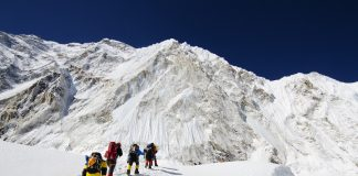 Why Are Numerous Individuals Passing Away on Mount Everest?