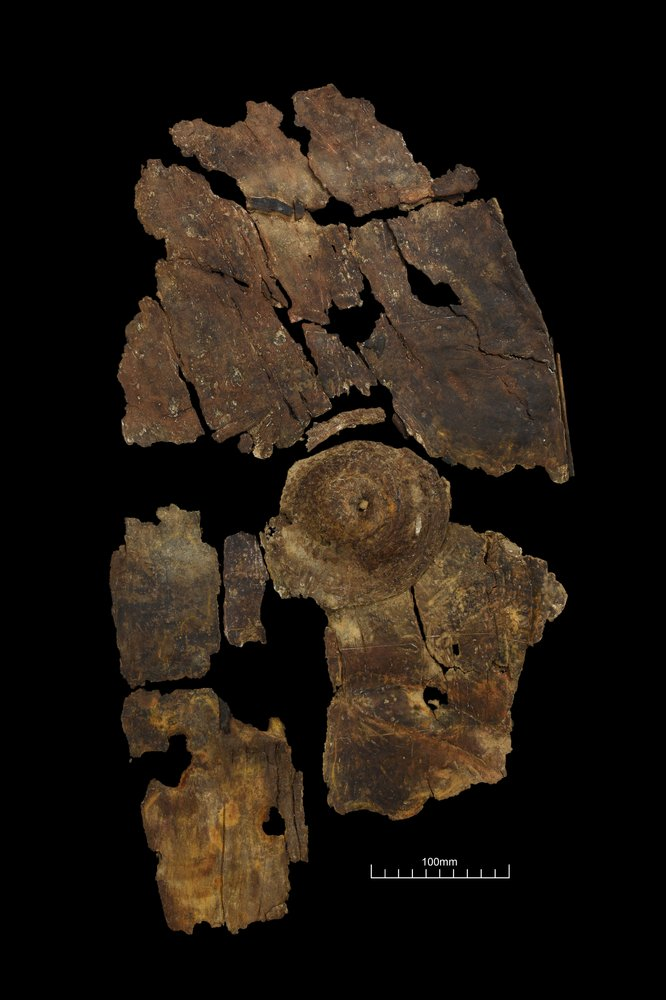 Archaeologists Discover the Very First Iron-Age Guard Made of Bark in England