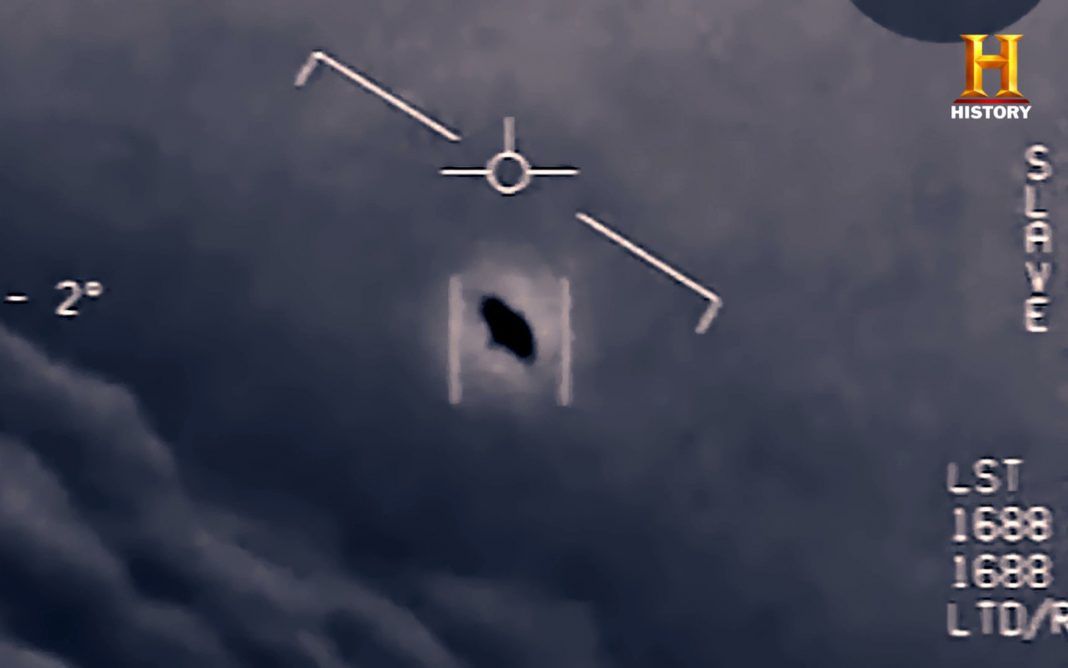 'Fleet of UFOs' Followed United States Airplane, Navy Pilot States