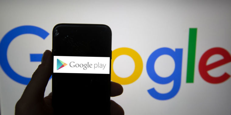 238 Google Play apps with >>(*********************************** )million installs made phones almost unusable