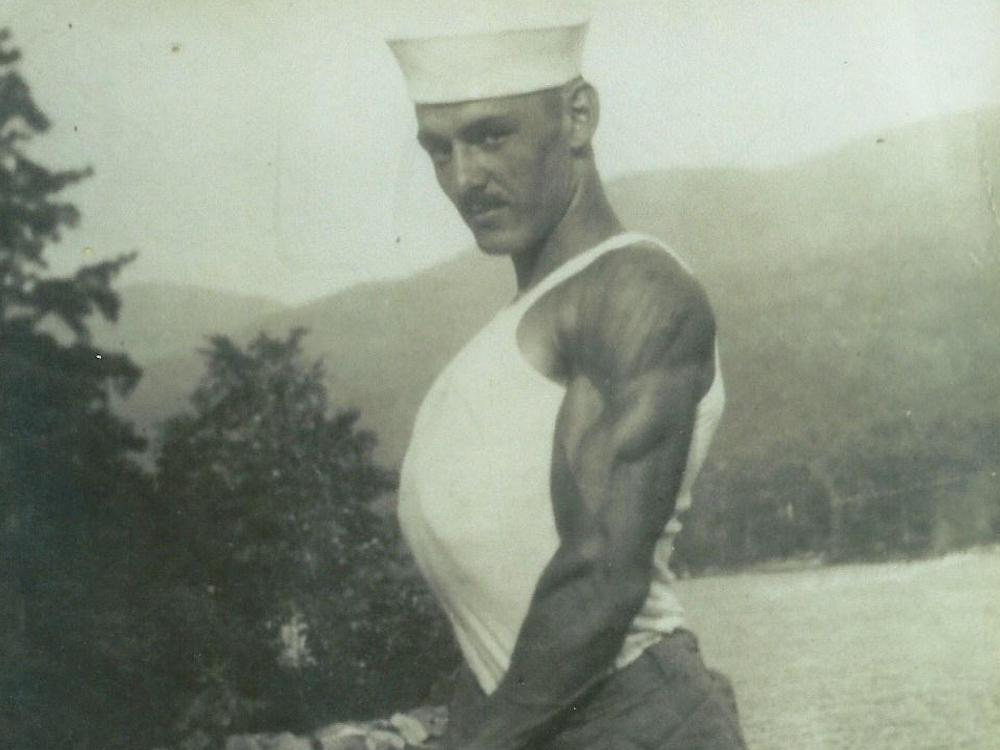 Today would be Royal Burpee's 122 nd birthday. The exercise relocation he created might be the very best workout of perpetuity– unless you do it incorrect.
