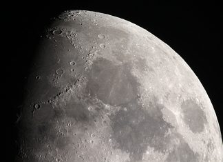 Why Trump's Tweet About (Not) Going to the Moon Is an Issue for Area Expedition