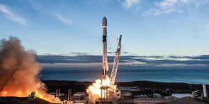 SpaceX launch: View live as SpaceX provides trio of satellites to area