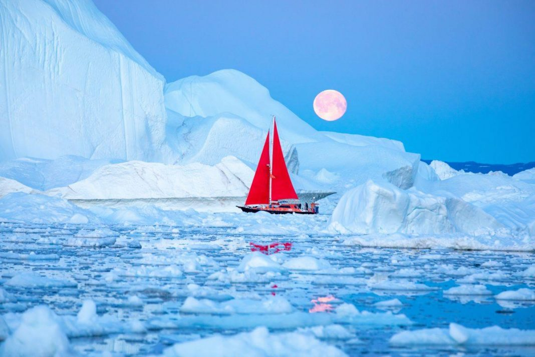 Greenland Lost 4 Trillion Pounds Of Ice In Simply 1 Day