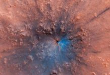 New Mars crater turns the pink planet black and blue