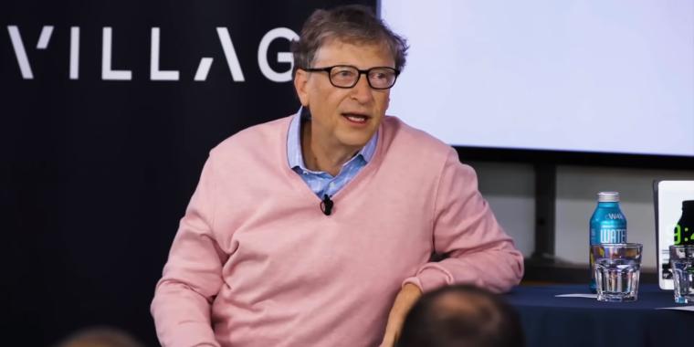 """Costs Gates calls failure to combat Android his """"biggest error"""""""
