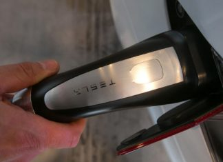 Report: Tesla dealing with battery-cell R&D to loosen up ties with Panasonic