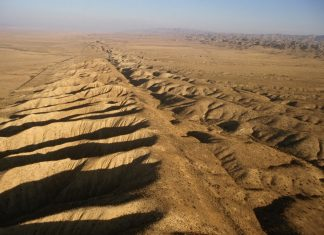Could Enormous SoCal Earthquakes Trigger the 'Huge One' on the San Andreas Fault?
