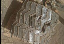 NASA's Mars Interest rover still taking a pounding from red world rocks