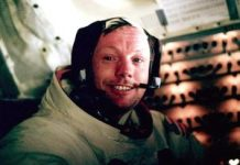 Apollo 11 moon landing: Neil Armstrong's specifying minute