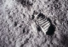 Does Anybody Actually Believe the Moon Landing Was Fabricated?