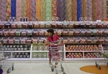 Research Study: Sugar Rules The World And Ruins Teeth