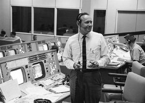 NASA famous flight director Chris Kraft has actually passed away at 95