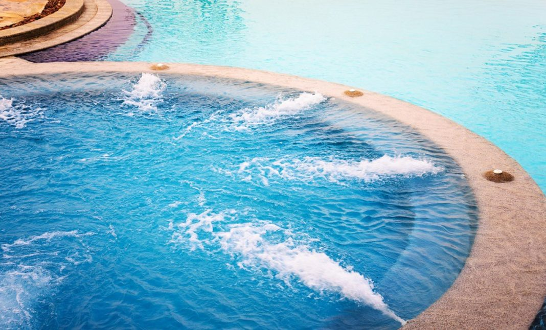 Female Contracts Horrifying Leg Infection from a Jacuzzi