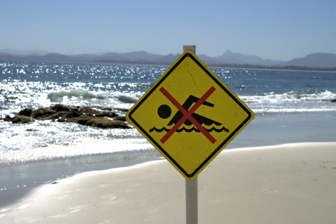 Flesh-Eating Germs Prosper in Warm Coastal Waters. That Does not Mean You'll Get ill.