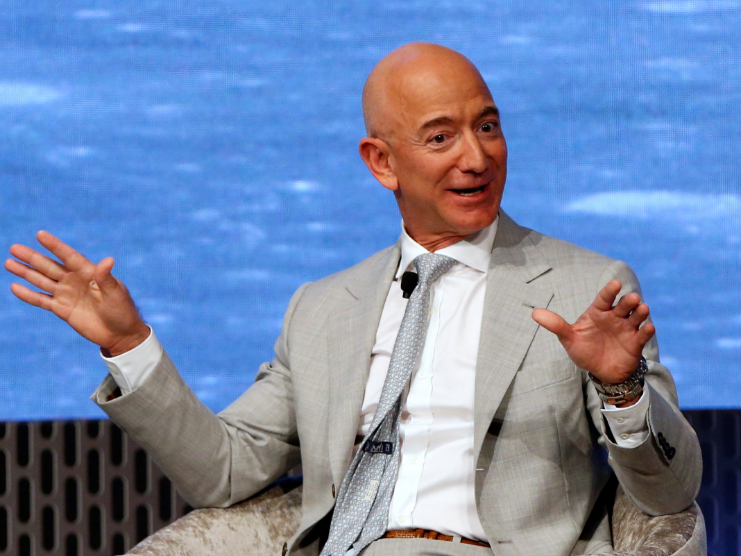 Jeff Bezos offered another $990 million worth of Amazon shares at the end of recently (AMZN)