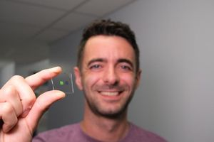 Robotic whisky tongue lashes again at hooch hustlers