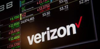 Verizon takes legal action against city to prevent paying 5G costs, states the FCC has its back