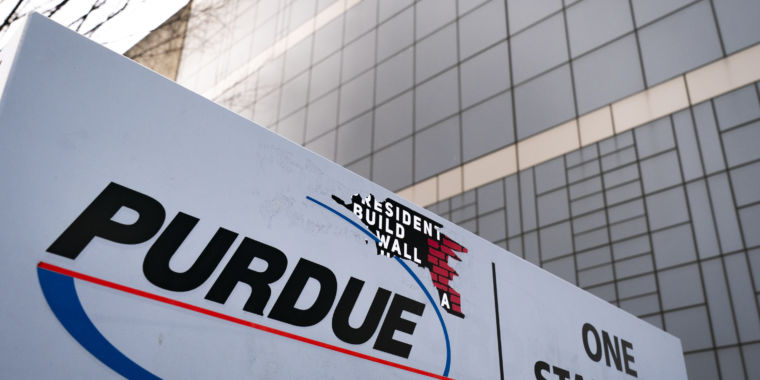 Purdue, Sacklers provide insolvency, $10-12 billion for opioid settlement: Report