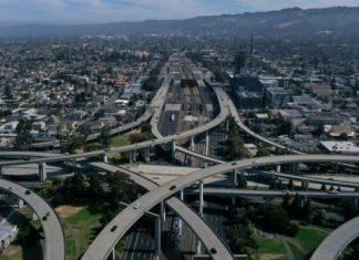 Trump admin threatens California, car manufacturers over emissions offer