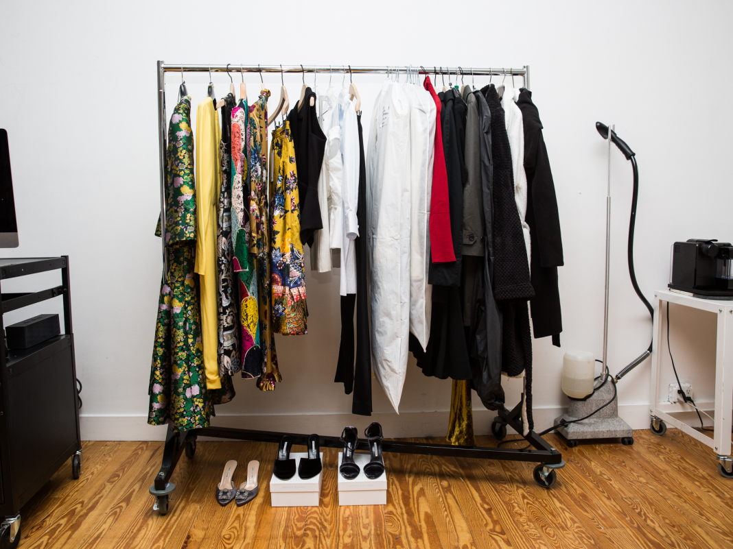A Silicon Valley stylist exposes which females's brand names she's picking today