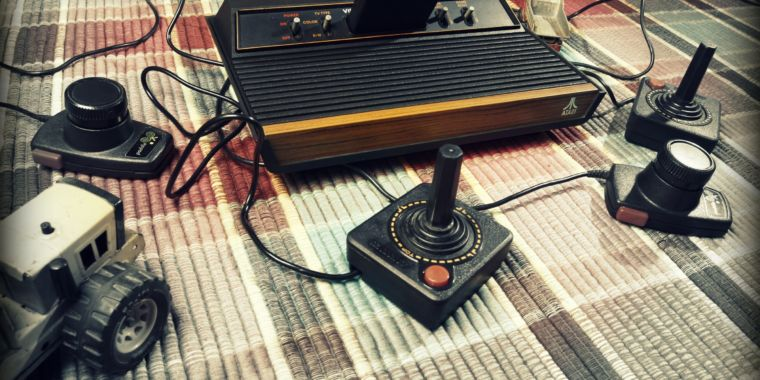 How a basement hacker changed Donkey Kong for the Atari 2600