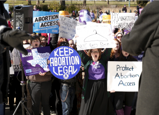 These 7 maps and charts reveal what might take place if Roe v. Wade fell
