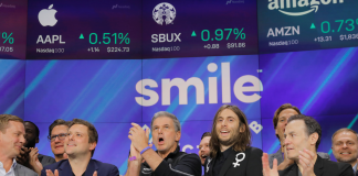 SmileDirectClub's IPO was such a catastrophe that the CEO called JPMorgan's Jamie Dimon to ask what failed (SDC)