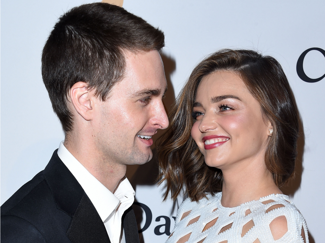 Miranda Kerr stated she and Evan Spiegel mop their floorings with eucalyptus oil and utilize a filter to set the pH of their water, and it reveals simply how seriously the rich take health