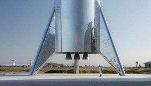 New SpaceX Starship rocket stands prepared for Elon Musk's massive Saturday present