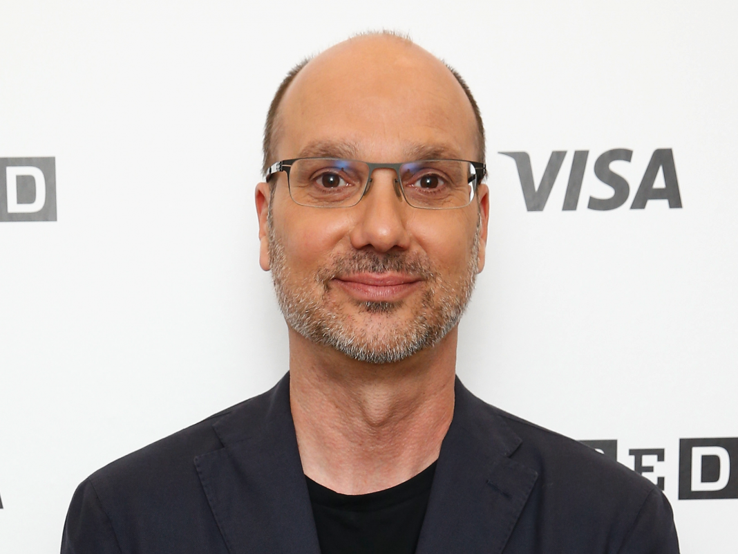 Andy Rubin, the developer of Android who left Google after a sexual misbehavior claims, is tweeting once again to tease an unusual, brand-new phone-like gizmo (GOOGL)