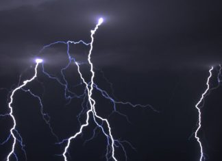 Why lightning strikes two times as frequently over shipping lanes