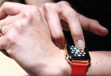 How to set the time on an Apple Watch by hand, and even make it various from the time on your iPhone
