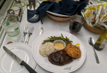 I attempted both Amtrak's brand-new food service and its standard dining cars and truck, and now I comprehend why individuals were so upset about the modification