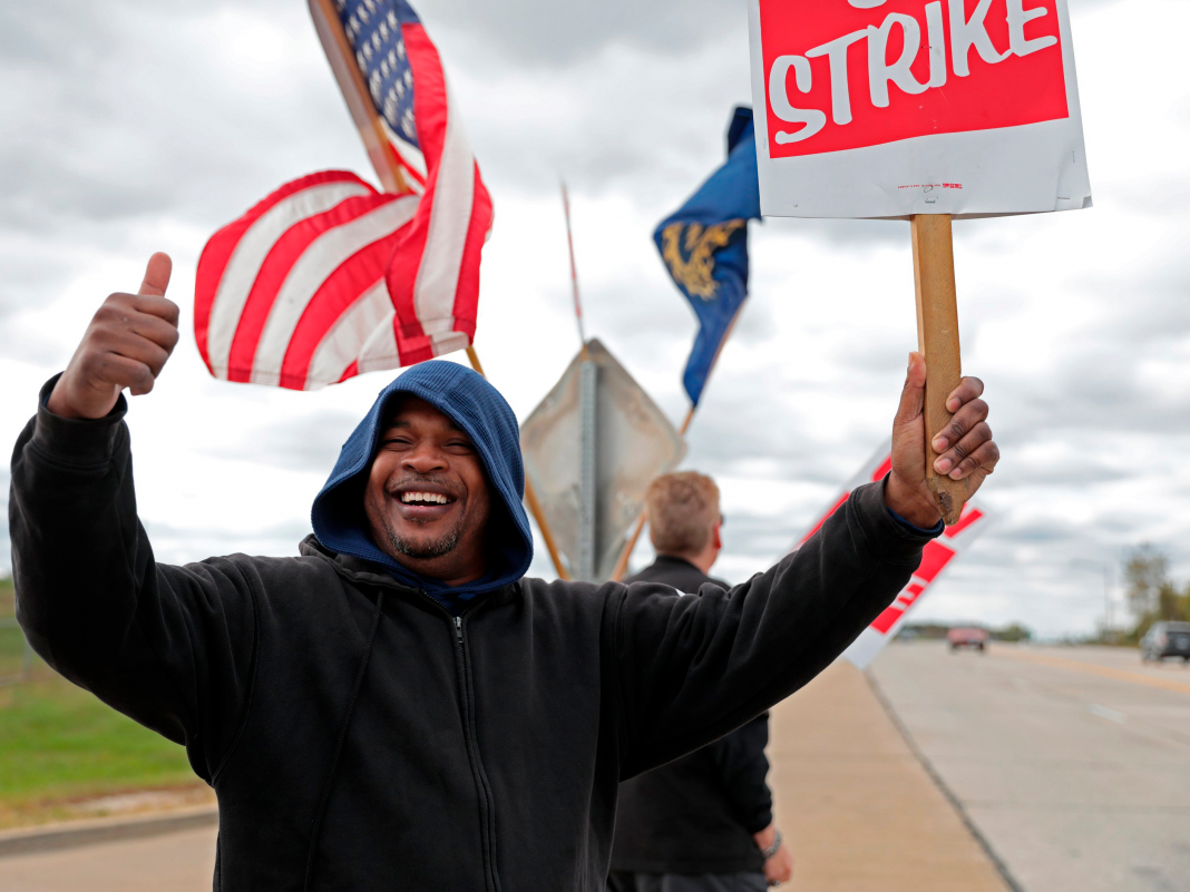 GM's labor force validates brand-new agreement, ending longest strike in 50 years