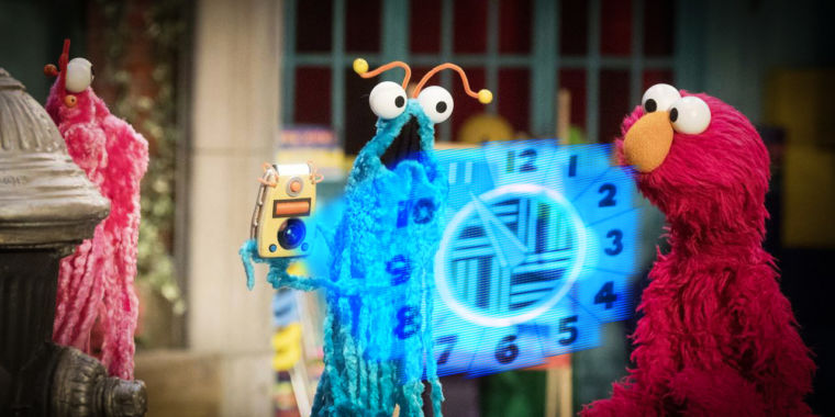 The very best science and mathematics minutes in Sesame Street's very first 50 years