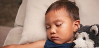 Sleep Train Your Young Child Utilizing This Approach by Harvey Karp