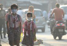 Today, 2,000 Kid Ran A Race Through The Gray Smog Of Delhi